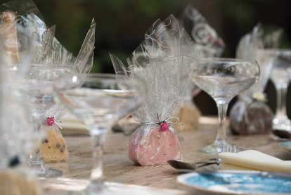 Wedding Gifts & Services